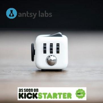 Fidget Cube | Popolna igrača za odpravo stresa