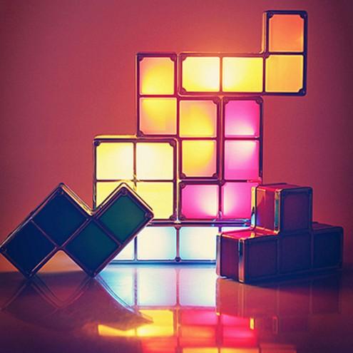 Retro tetris namizna svetilka, ki jo sestavite po želji